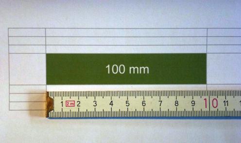 Abb 4 (Foto): … ausgedruckt hat die Spalte genau die definierte Breite von 10,0 cm  (geringe Abweichung im Foto ist verursacht durch Objektivoptik)